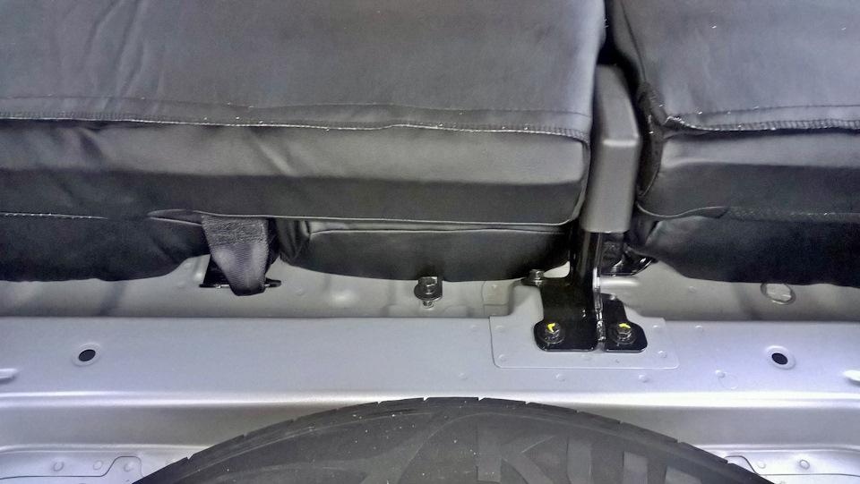 Как снять заднее сиденье на Хендай Крета?