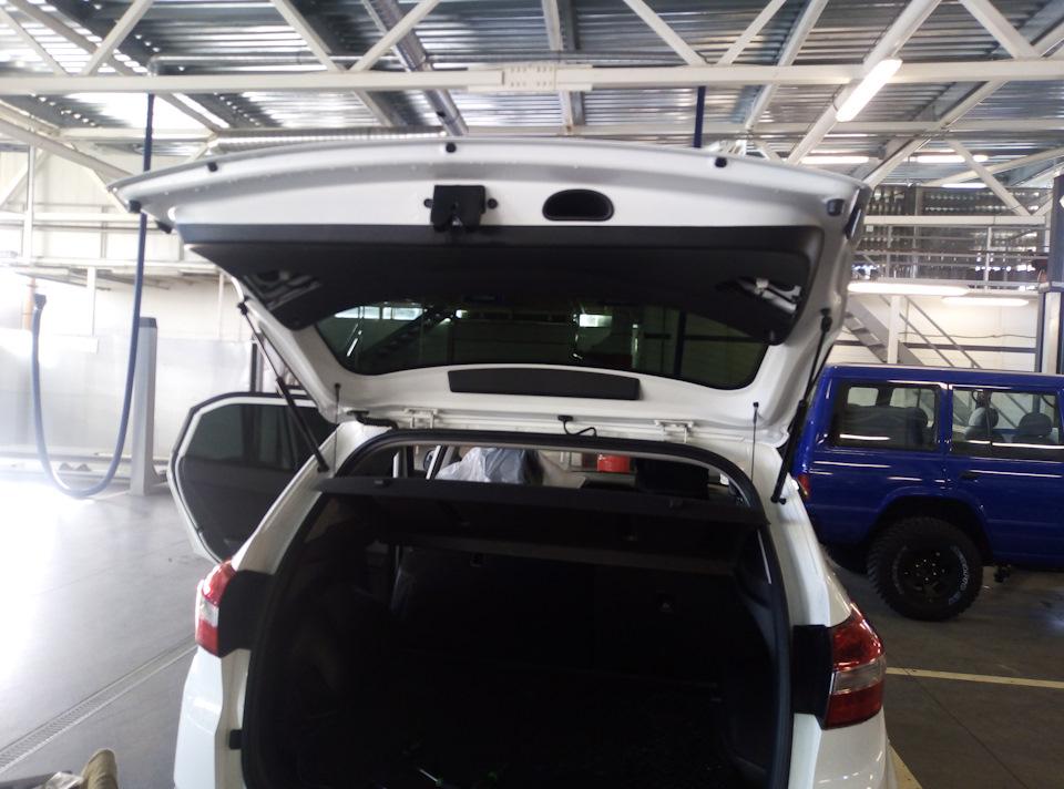 Устранение заедания кнопки открытия багажника Хендай Крета